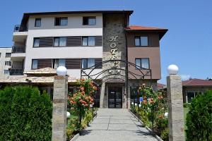 Village Park Knezha